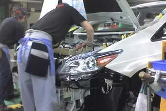 Prius assembly on one of two lines at Toyotas Tsutsumi plant in Japan