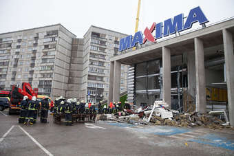 LATVIA: Maxima: Too early to assign blame on store collapse
