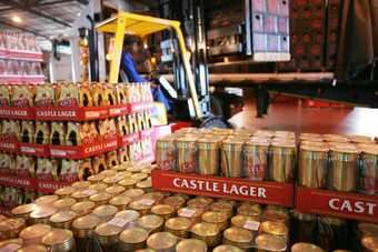 Castle lager selling well in Zambia - SABMiller