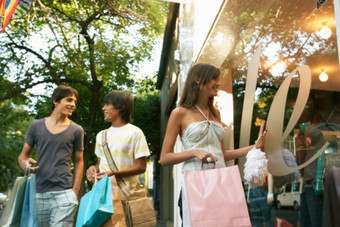 Spotlight on...Teen stores and back-to-school spending
