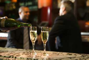 Champagne consumption remains low in key emerging markets