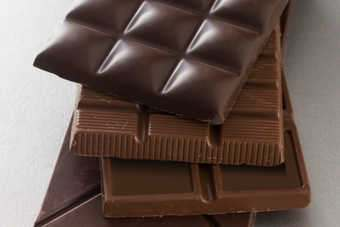 "POLAND: Hershey, Nestle ""among bidders for Kraft business"""
