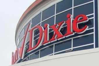 Sales per square foot at Winn-Dixie and Bi-Lo is below competitors, one analyst has argued