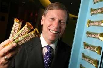UK: Stitzer, Bonfield, Carr quit Cadbury