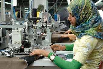 Egypts clothing industry starting to bloom