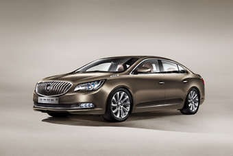 Chinas current Commodore sized Buick - the LaCrosse
