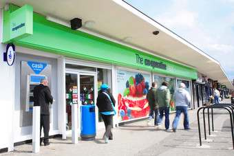 Co-operative Group sees LFL increase of 1.0% this quarter