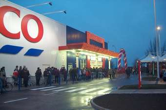 SLOVAKIA: Tesco to launch click-and-collect