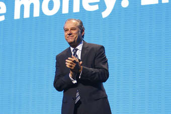 US: Wal-Mart vice chairman Castro-Wright to step down