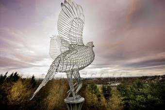 The grouse sculpture. Picture courtesy of newscom.