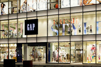 Gap said it expects its EPS growth rate to be negatively impacted by weakening  foreign currencies