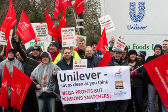 UK: Usdaw, Unite accept Unilever pension deal