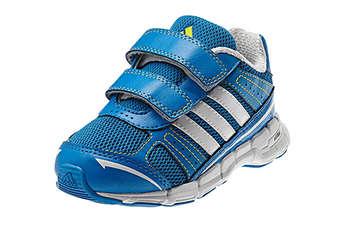 Reino Unido: Adidas lanza programa de calzado infantil en la industria de la ropa
