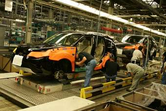 Assembly of Mitsubishis Outlander for Europe gets under way at NedCar in Born in this August 2008 file photo