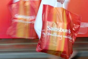UK: Sainsburys outperforms rivals over Christmas - Nielsen