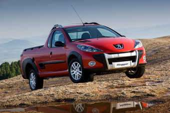 Hoggar pickup is aimed at recereational vehicle buyers; based on 207 Brasil which is an updated 206