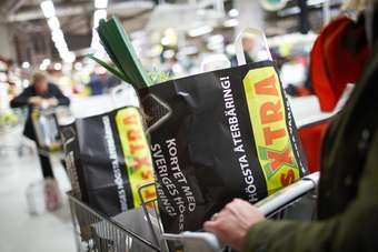 Impairment costs at PrisXtra hit Axfood operating profit in 2012