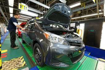 Side marker light inserts in the headlights distinguish North American Yaris models from other LHD cars on the TMMF line