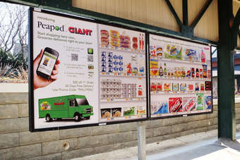 Peapod wants to encourage consumers to shop online by targeting rail stations