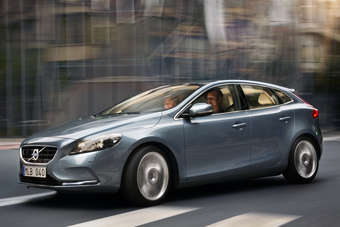 Last V40 was a wagon, new one takes Volvo into premium hatchback segment targeting BMW 1-series and Audi A3