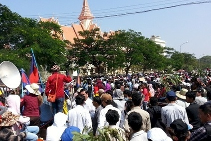 Unions had been hoping for a similar show of support from Cambodian workers who rallied earlier this year. (Photo credit: LICHADO)