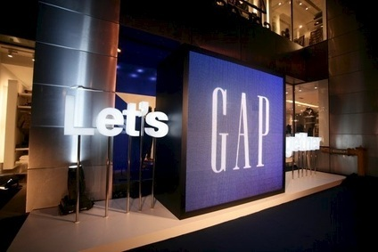 Gap CEO Murphy makes way for Art Peck