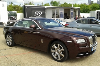One way to spend a decent lotto win: Rolls-Royce Wraith harks back to coachbuilt coupe of more than a half century ago