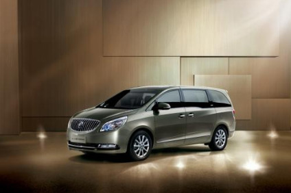 Chinese buyers are turning away from minibuses towards domestic brand SUVs and MPVs. This GM-SAIC Buick GL8 is a premium model