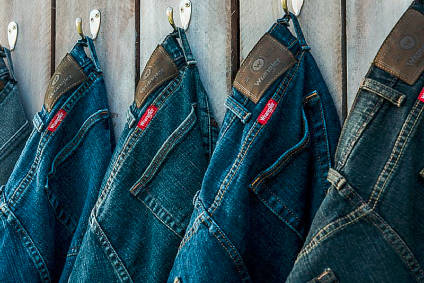 VF Corp sees lower FY outlook at Kontoor Brands