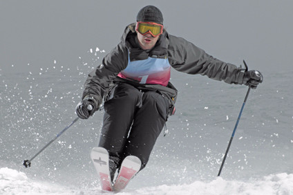 Snow sports apparel focuses on protection and style   Apparel Industry News    just-style