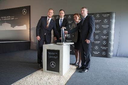 Mercedes and Hungarian government and local authority officials at the groundbreaking ceremony for the new body hall