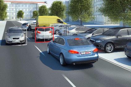 Bosch makes autonomous emergency braking possible using a video sensor. When the camera recognises another vehicle ahead in the lane as an obstruction, the emergency braking system prepares for action. If the driver does not react, then the system initiates maximum braking.