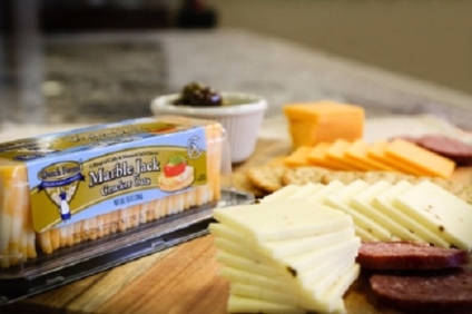 Dutch Farms said Cracker Cuts cheese slices are available in traditional flavours including marble jack