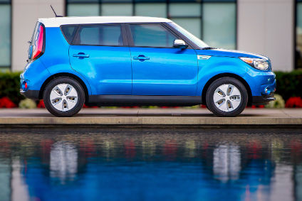 Aero wheels and narrower tyres are easiest way to spot EV version of the Soul from the side