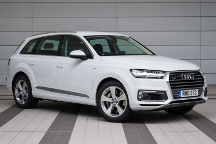 Volvo Has Gone One Way With Its Four Cylinder Petrol Electric Plug In Xc90 While Audi Believes Europeans Wanting A Hybrid Suv Will Prefer V6 Sel