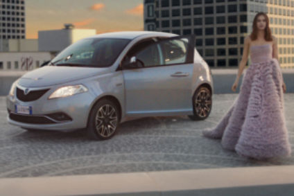 Why is fca killing a premium brand which outsells audi automotive ypsilon tv ads in italy successfully link haute couture to the car and to lancia publicscrutiny Images