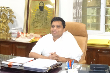 Patanjali Ayurved targeting US$15bn in sales by March 2020, Balkrishna says