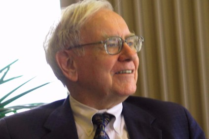 Warren Buffett dampens Mondelez bid speculation