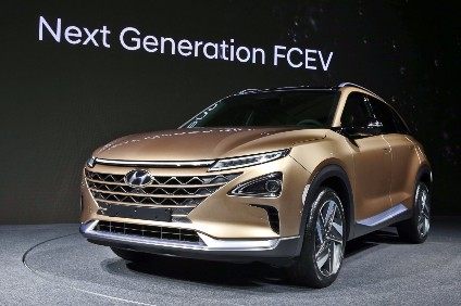 Hyundai Teases Unnamed Fuel Cell SUV