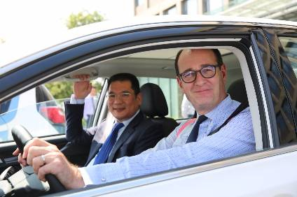 Peter Fleet and Jin Zheyong step on the pedal for a new line of EVs for the Chinese market