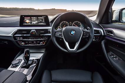 A Brand New Look Inside The BMW 520d SE