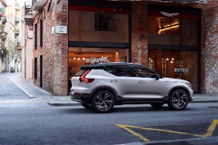 By 2025, Volvo want half of all cars it sells to go through the Care by Volvo subscription service launched with the XC40 here in the UK last September. The package, for one monthly payment, covers car rental, scheduled maintenance, insurance and roadside assistance, along with an expanding range of concierge services