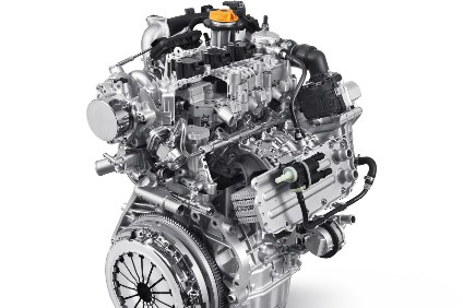 The new turbocharged petrol engines are of modular structure and available in two sizes: a one-litre, three-cylinder developing 120hp (photo) paired with a six-speed manual transmission and a 150hp, 1.3-litre, four-cylinder paired with a DDCT dual clutch transmission – both with front-wheel drive