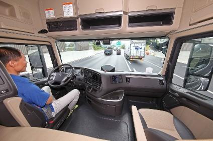Hyundai companies' self-drive truck does a 40km port route