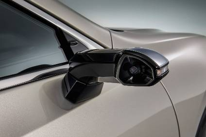 Lexus digital side-view mirror