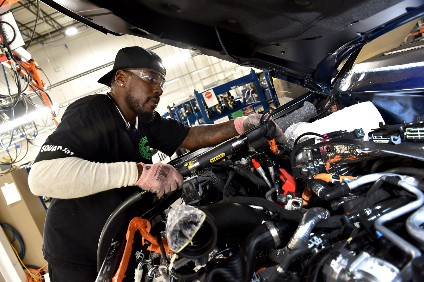 Trial build of new models has started. Kenyata Thomas at Chicago Assembly learns his way around the redesigned 2020 Ford Explorer
