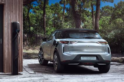 Ds3 Crossback 200 Miles Range Means It Can Go Further Than First Generation Evs