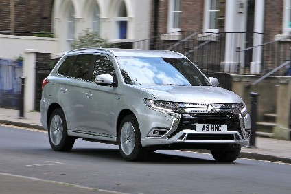 Hands-On Tech - Mitsubishi Outlander | Automotive Industry Analysis