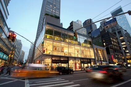 US: New York & Co swings to Q1 loss