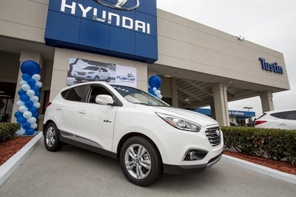 "Hyundai handed over the keys to its first ""mass-produced"" Tucson hydrogen-powered Fuel Cell CUV in the US in June."